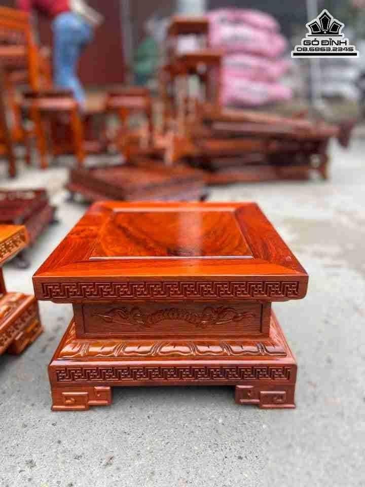 Đôn gỗ vuông